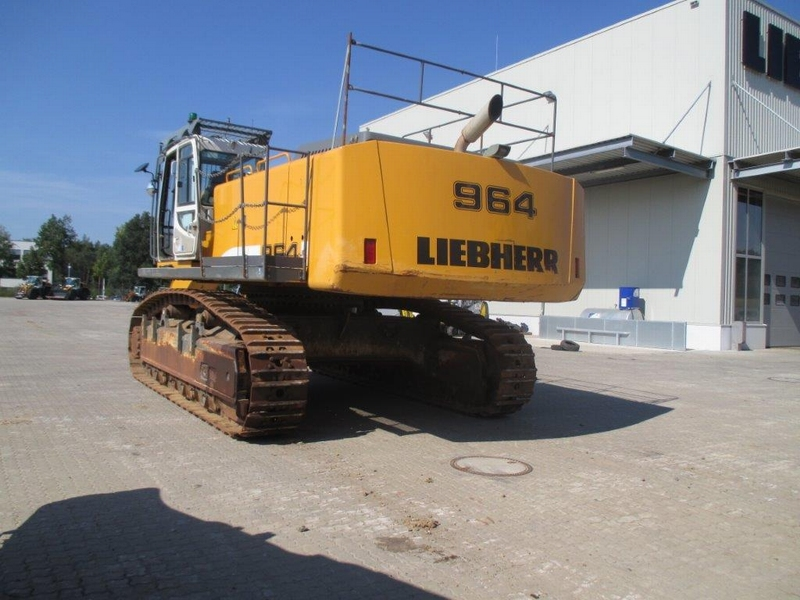 R 964C SHD LI-1009-29653_002.JPG