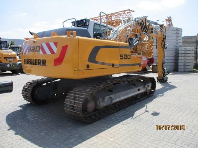 R920 LC-1310-42889_2.jpg