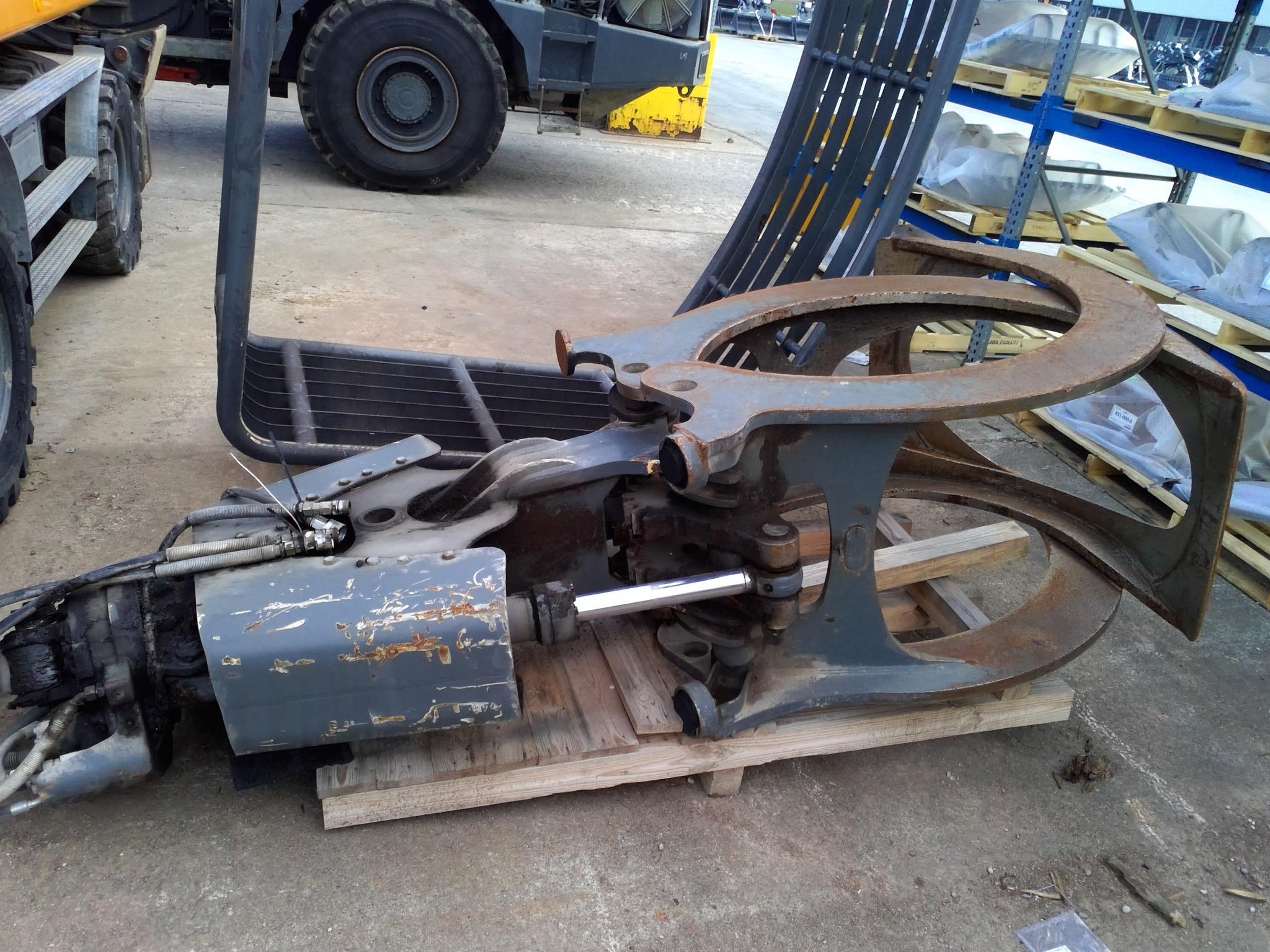 f148acf1-2a8a-4b97-a544-cfe477f5090c_machine_11.png