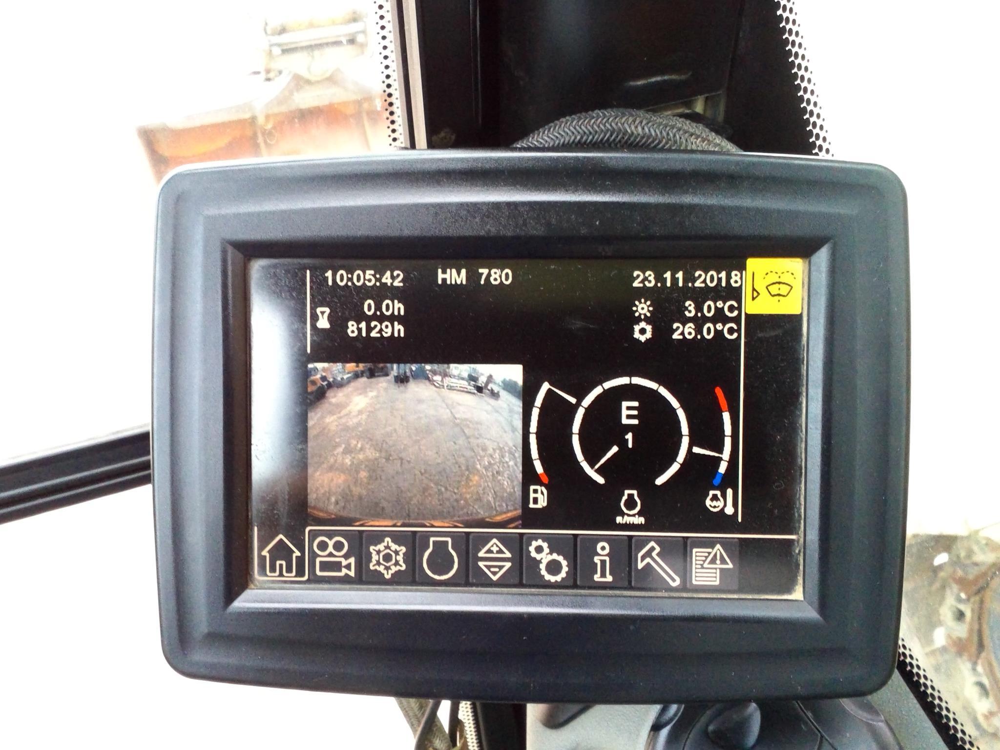 R916 Advanced LC -423-27999_017.jpg