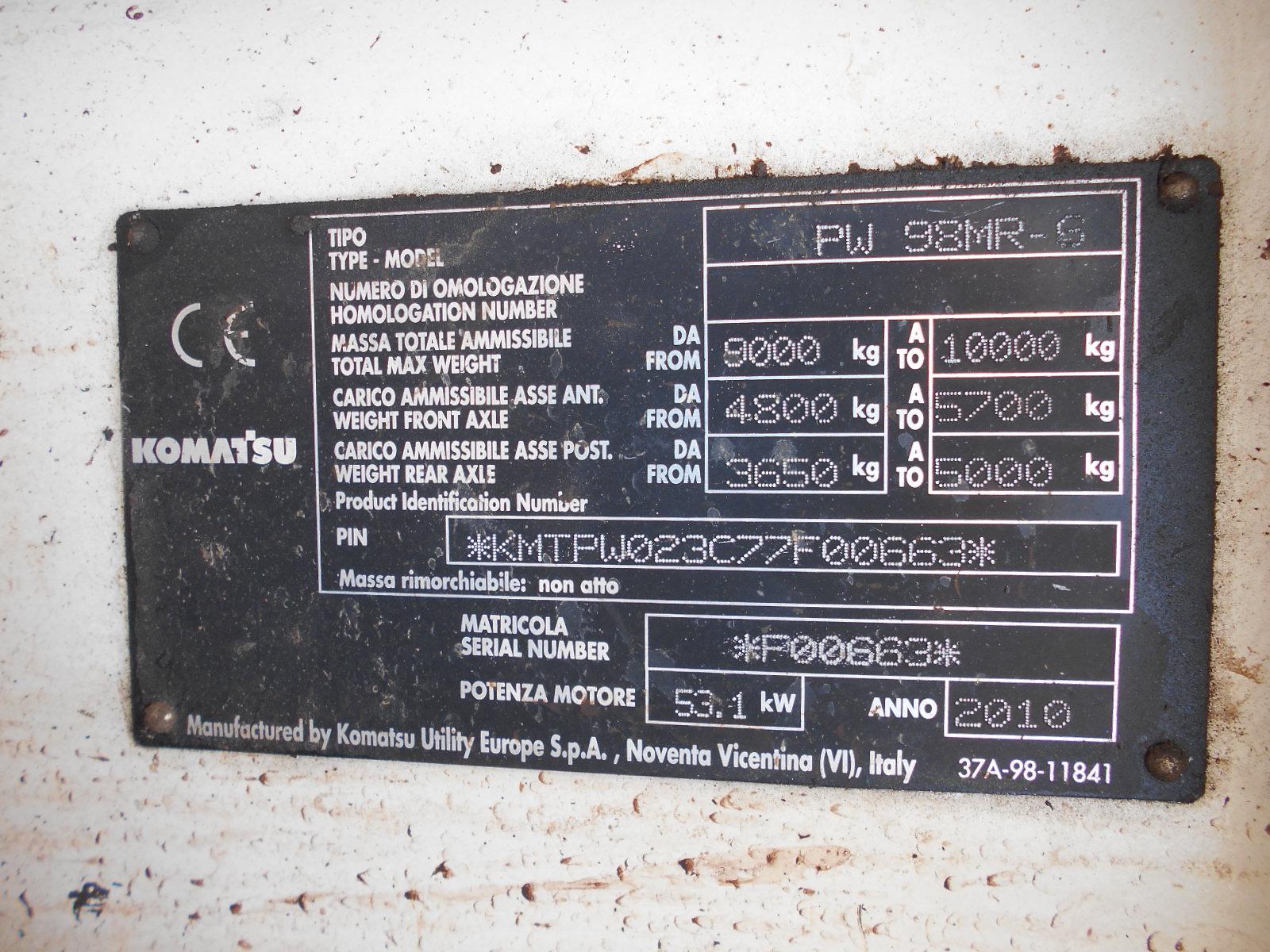 Komatsu PW98 022.JPG