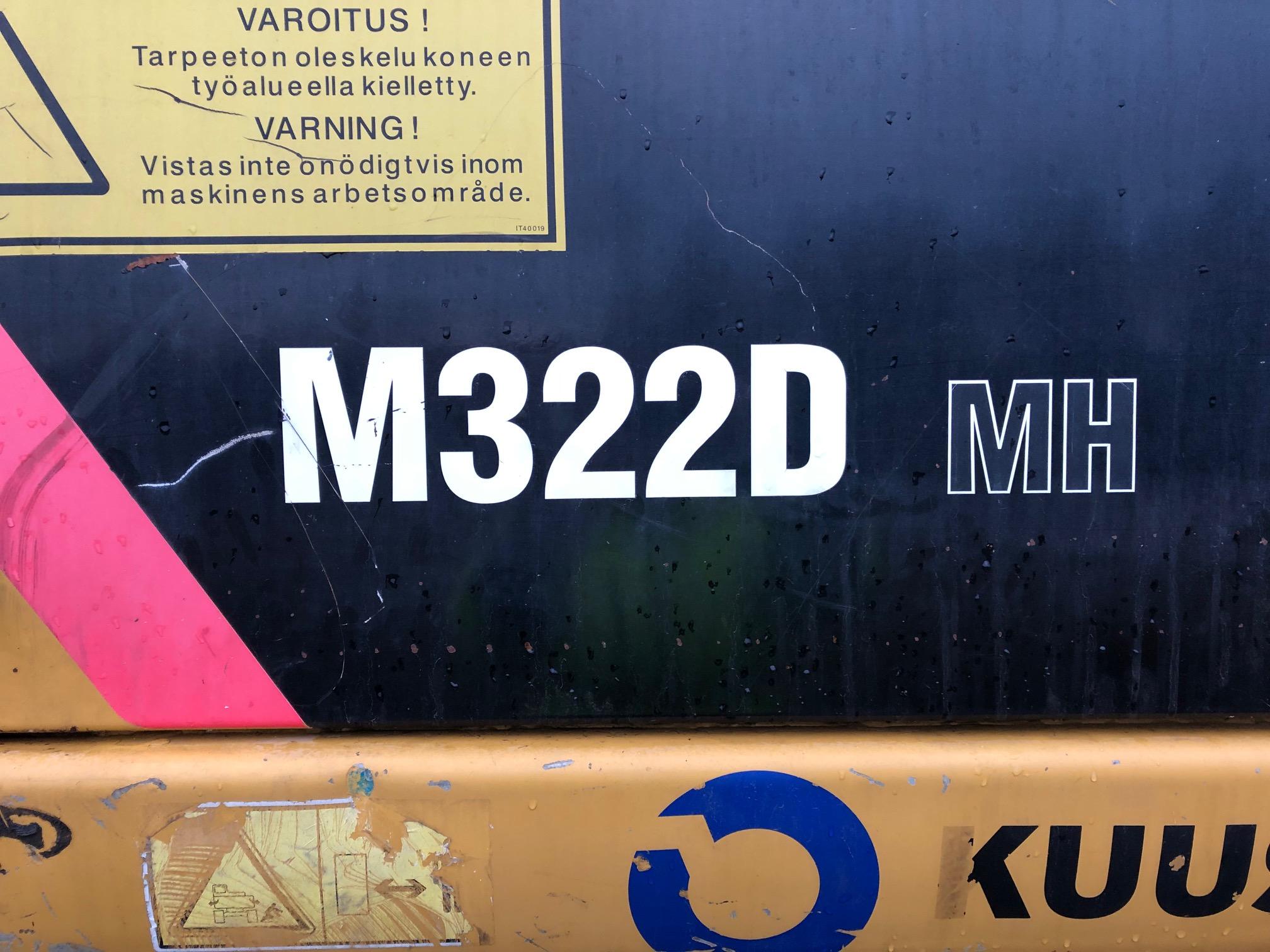 CatM322D12.jpg