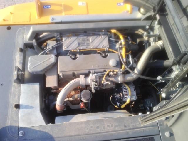 R920 LC-1310-42749_5.jpg