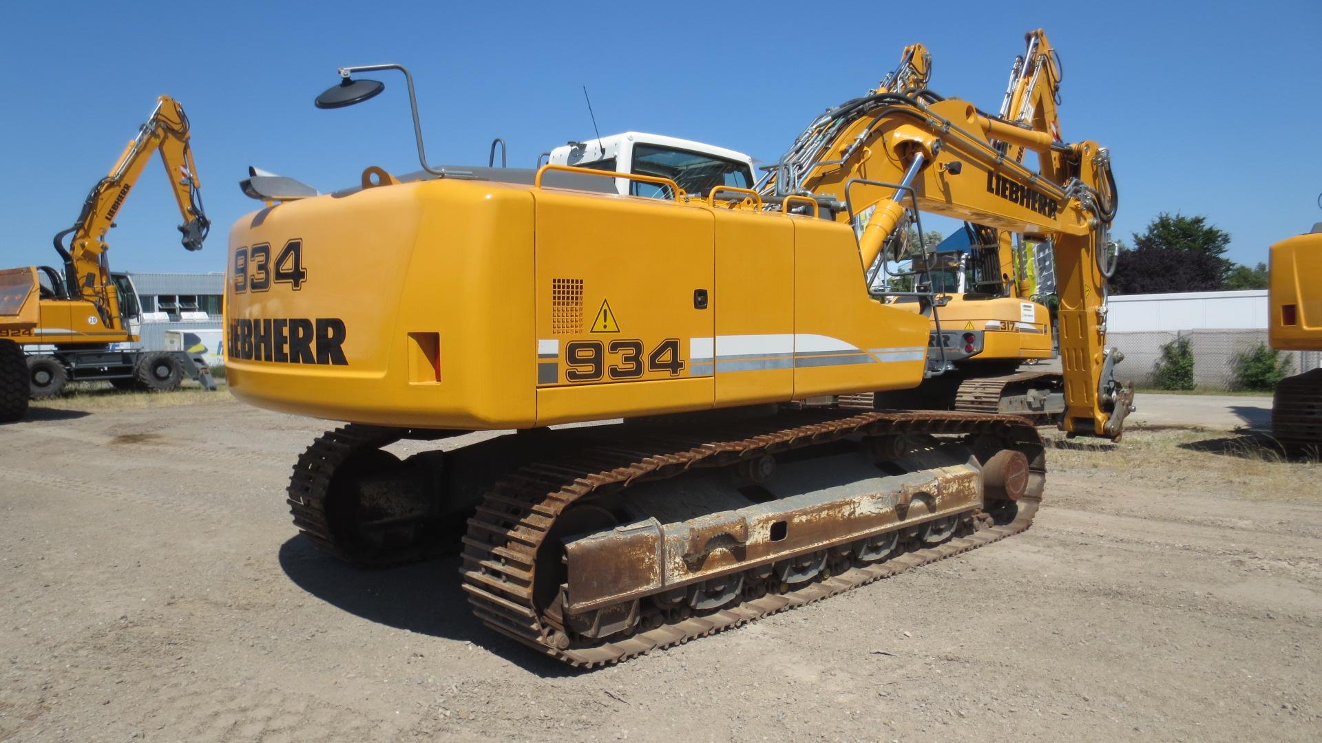 R 934C NLC LI-1335-34359_003.JPG