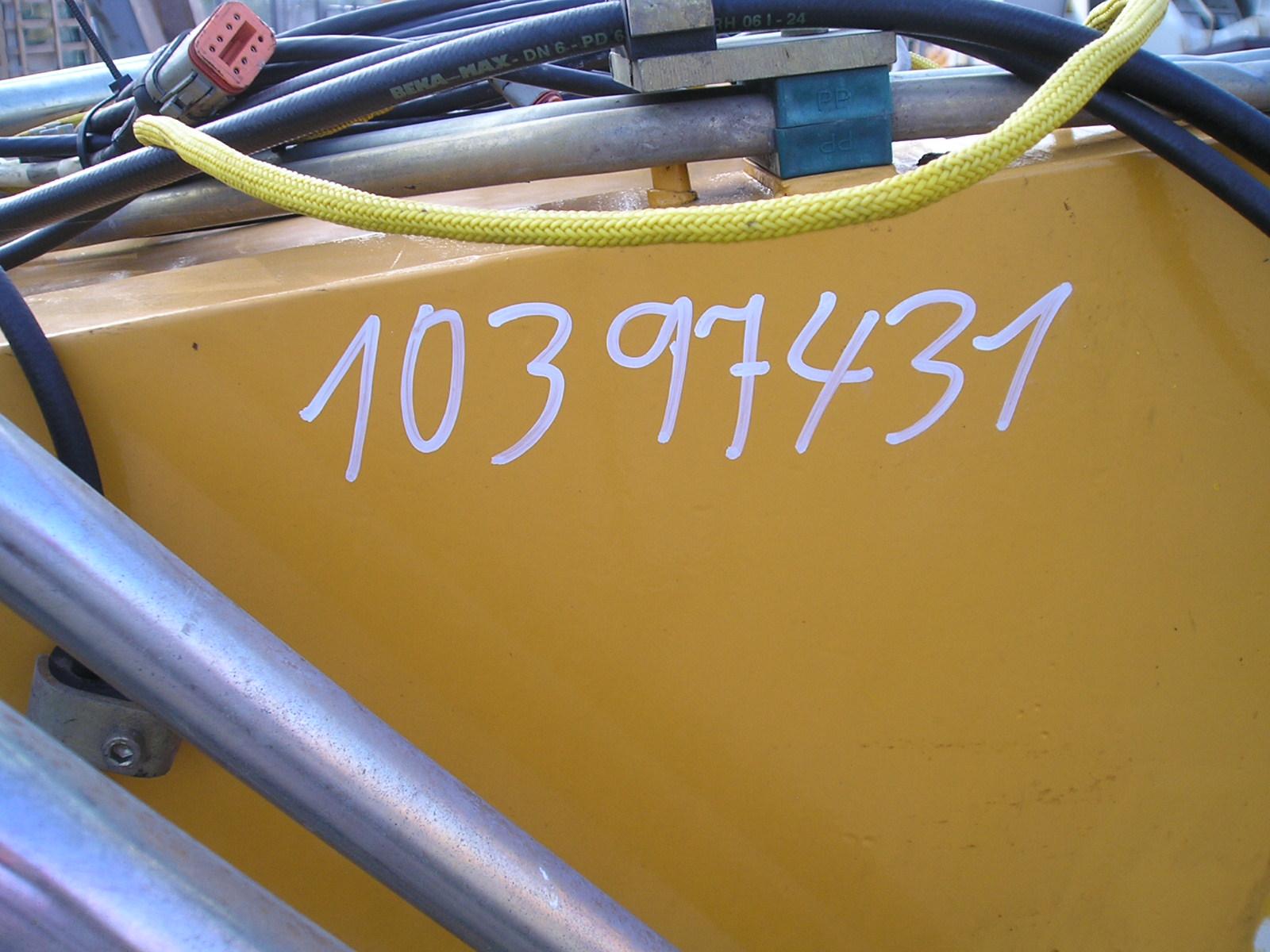PA053219.JPG
