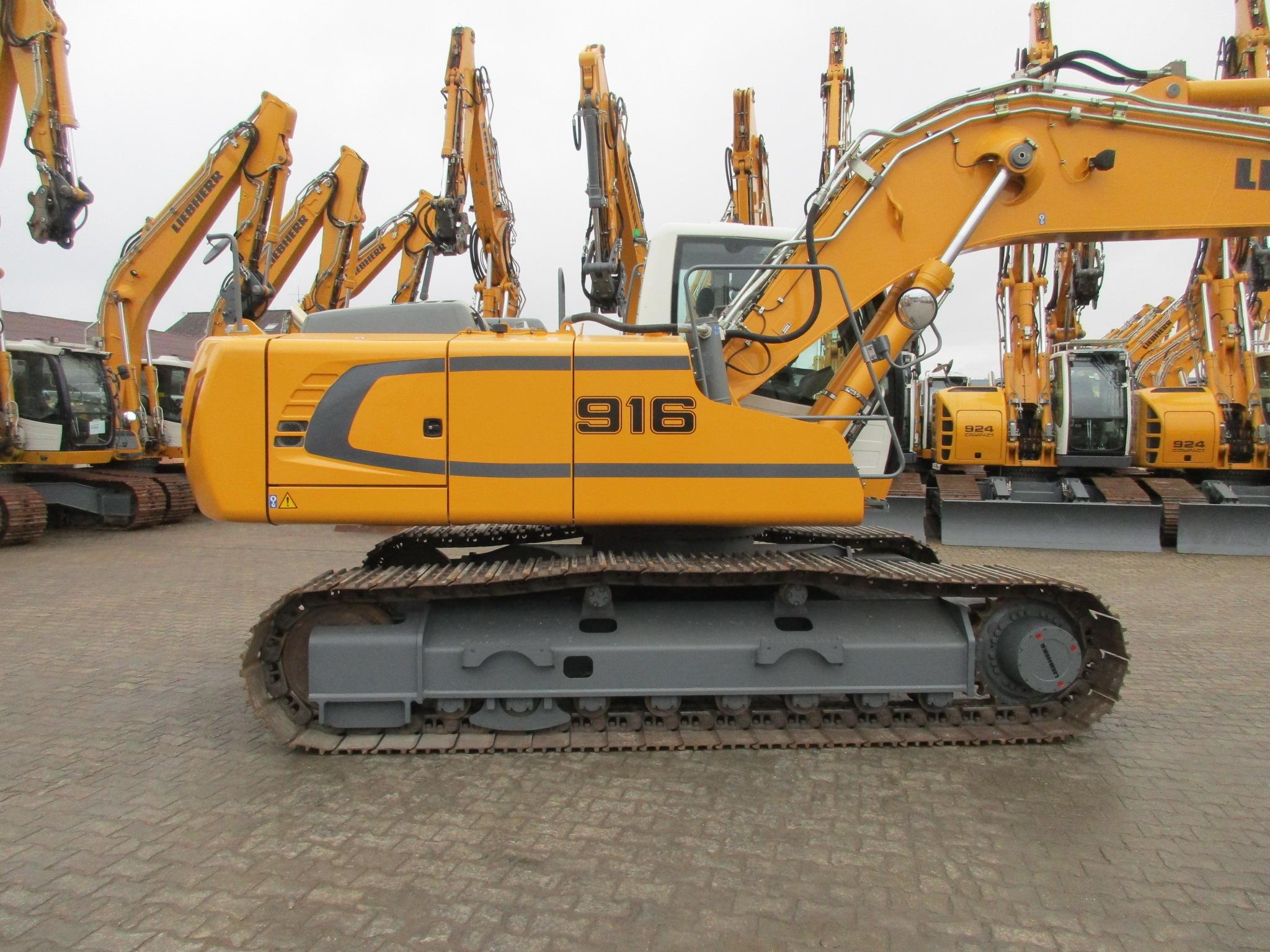 R916 Advanced LC-423-33121_002.JPG