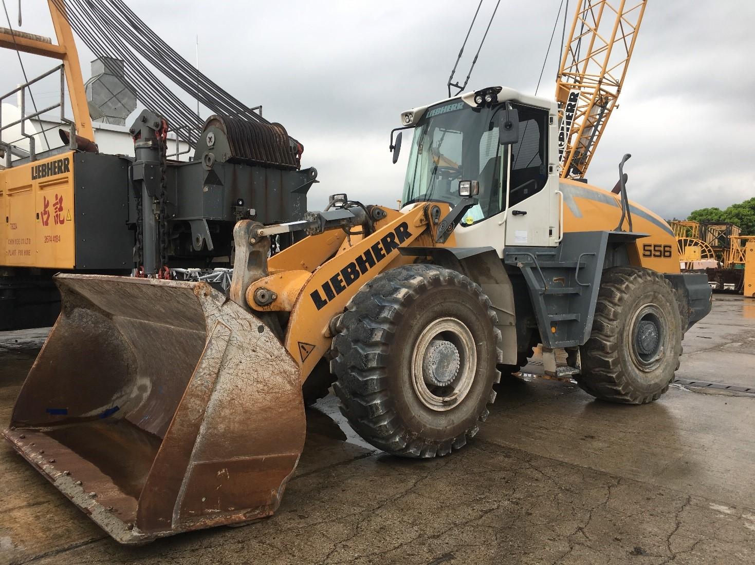 Wheel loader L 556.jpg