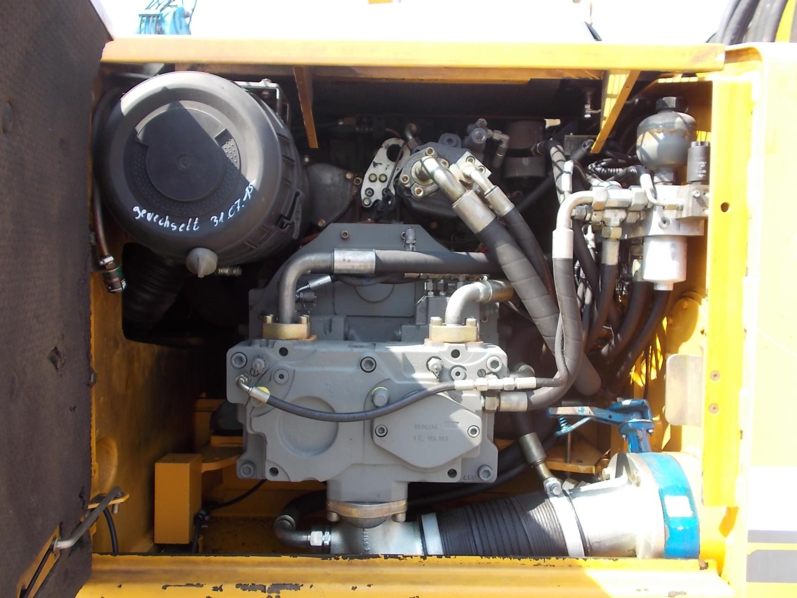 A924C IND LI -1049-44211_007.JPG