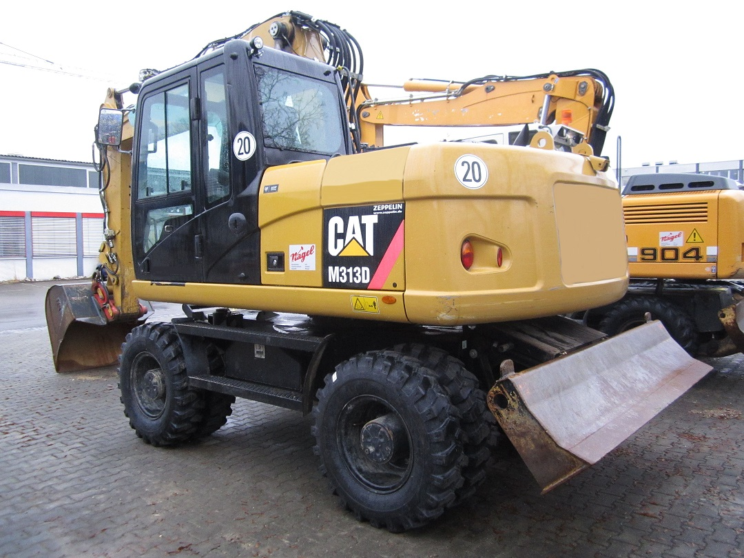 CAT M313D #05608 d.JPG