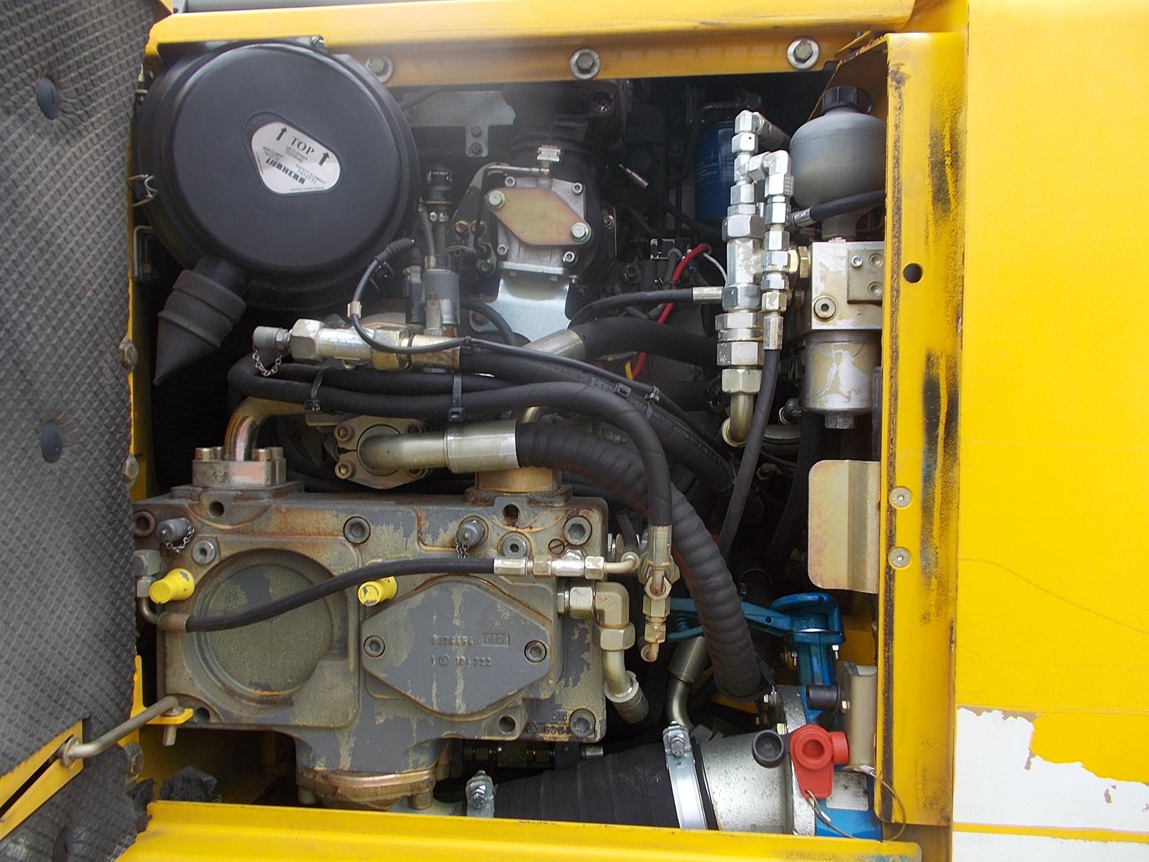 A 900C ZW LI-1030-43546_012.JPG