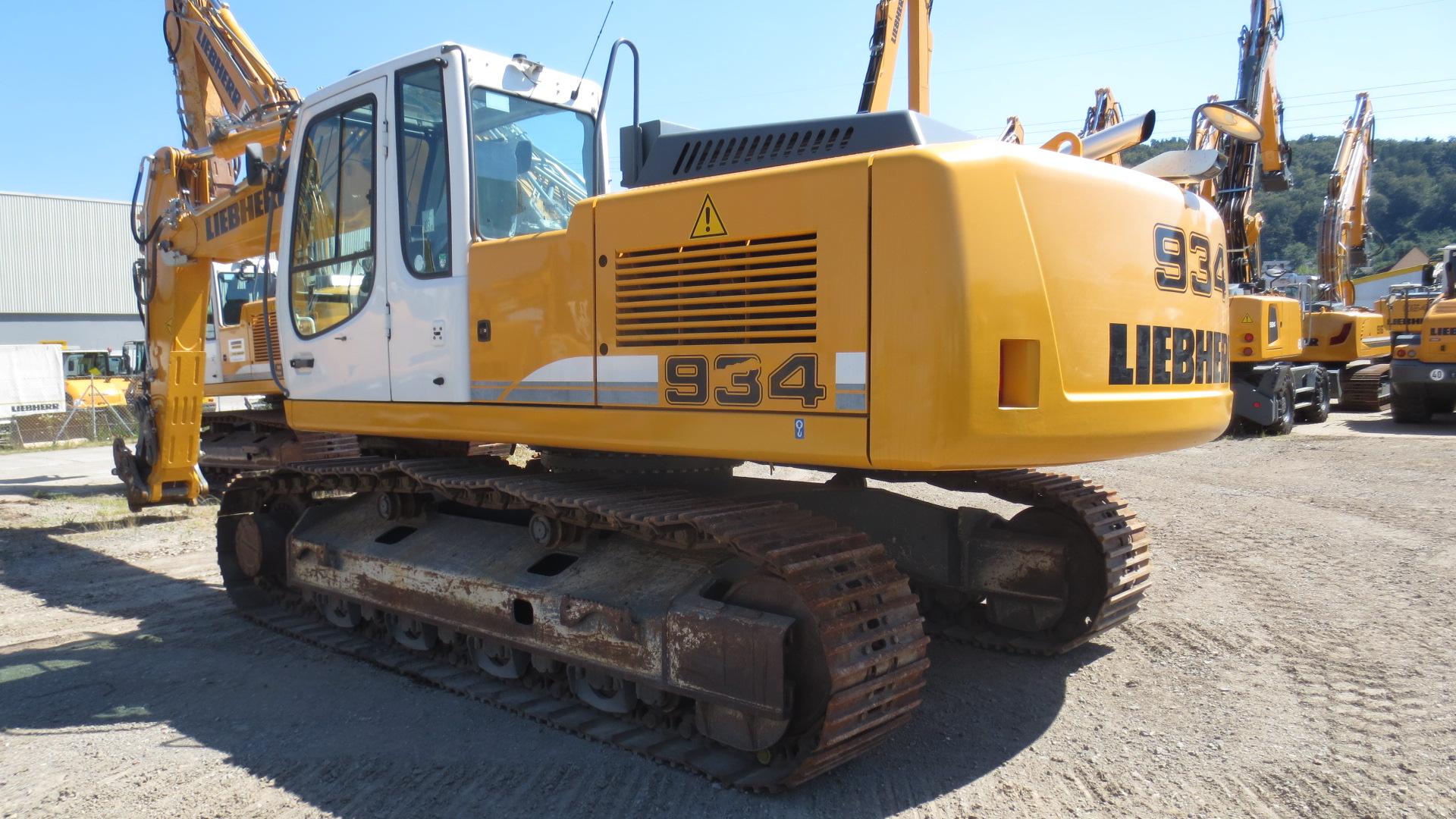 R 934C NLC LI-1335-34359_002.JPG