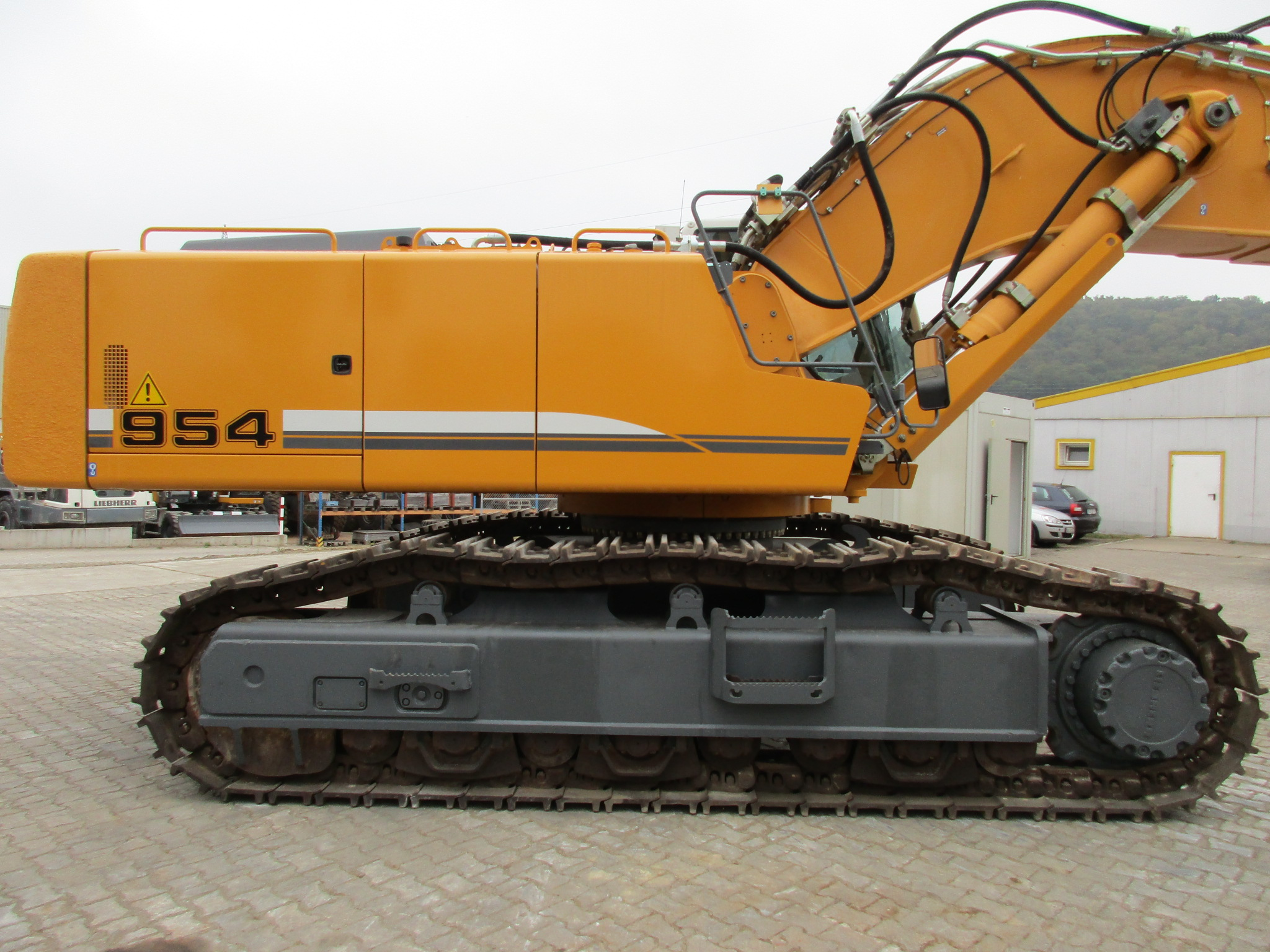 R 954C SHD LI -784-23630_004.JPG