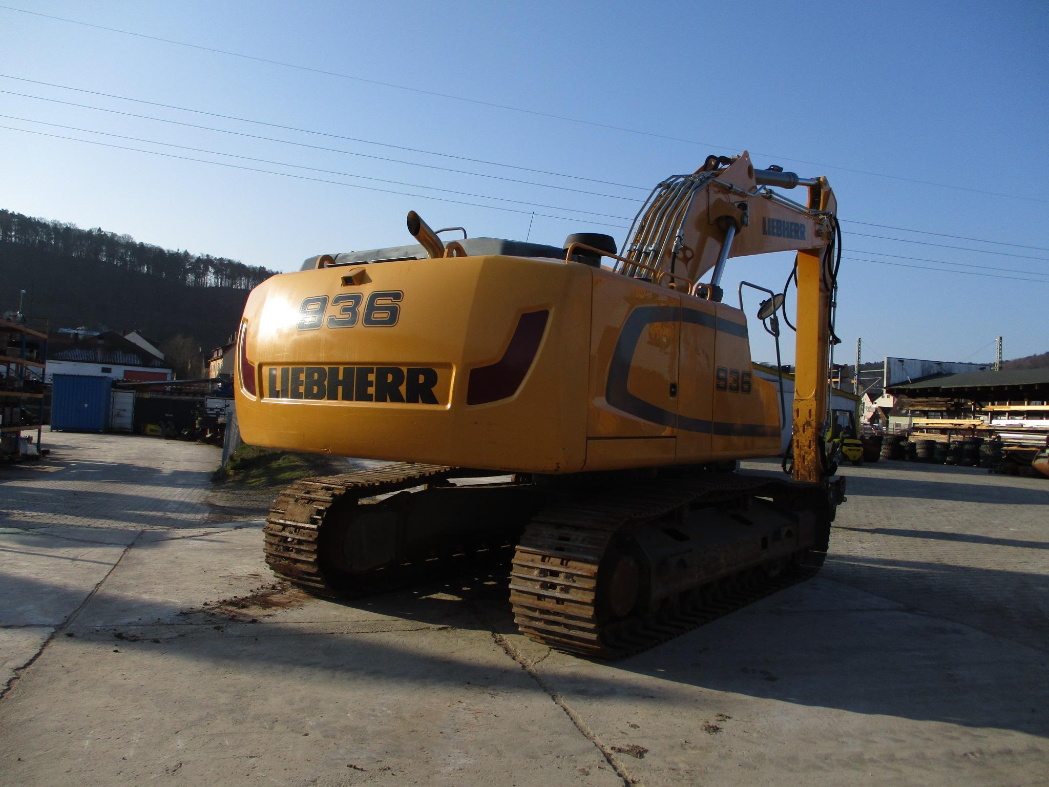 R936 NLC LI-1147-37570_004.JPG