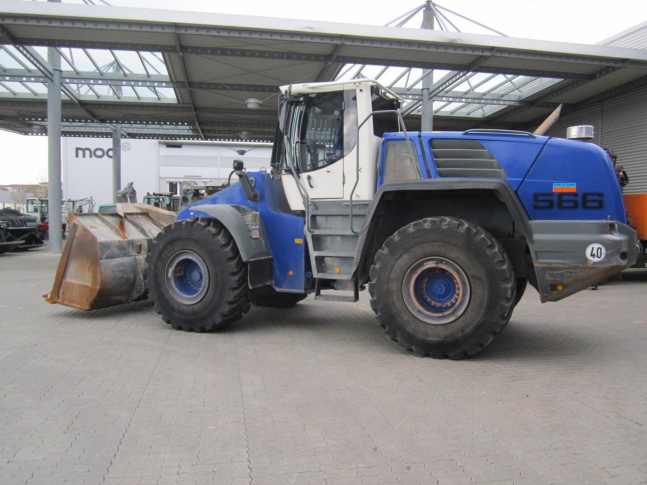 gebr. LIEBHERR-Radlader L 566 2+2 SL 37341 (4).JPG