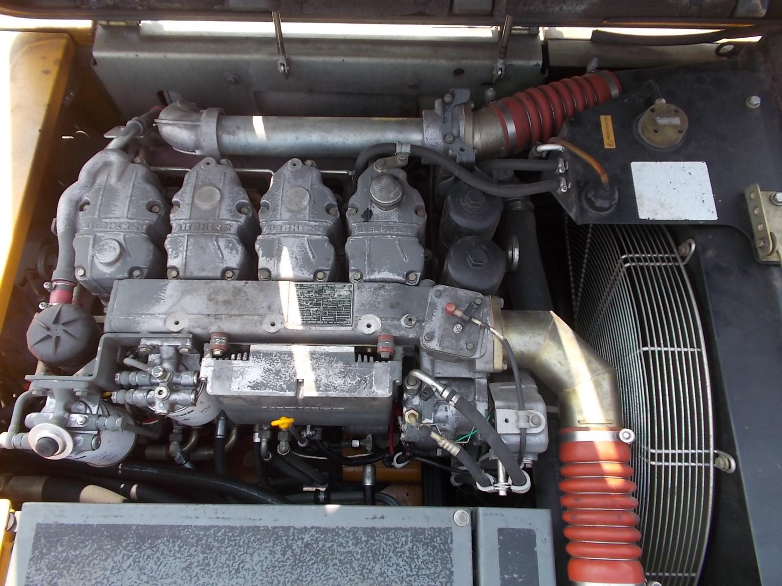 A924C IND LI -1049-44211_008.JPG