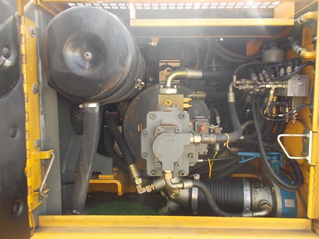 A924B HD PC IND LI-958-30811_010.JPG