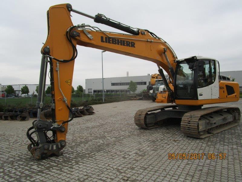 R 924 LC LI -1318-37953_001.jpg