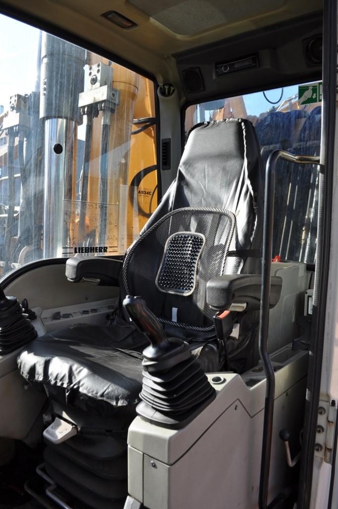 A934C 59592 (14) cab.jpg