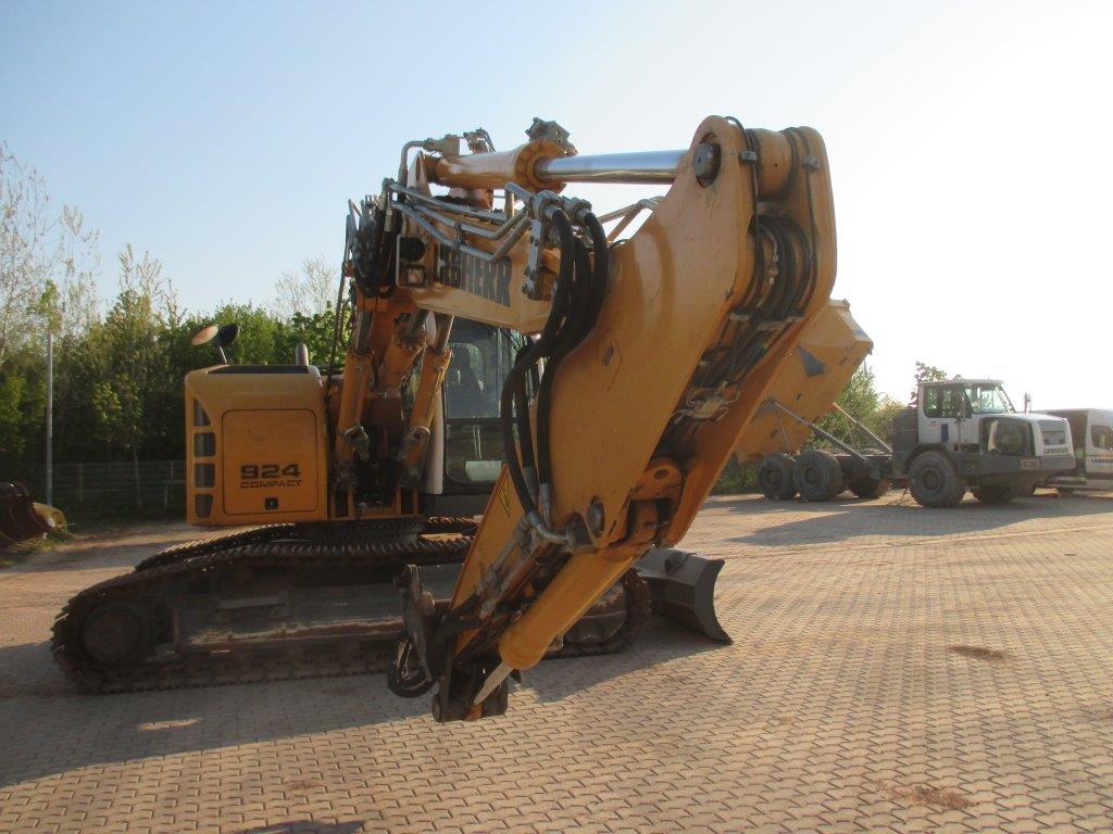 R 924 Comp. LI-1056-34035_006.jpg
