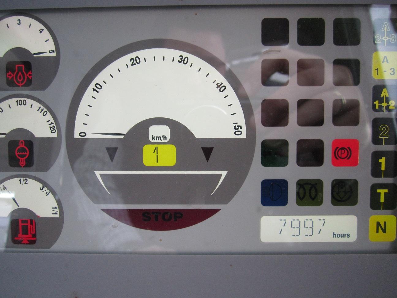 gebr. LIEBHERR-Radlader 2+1 SL 37431 (7).JPG
