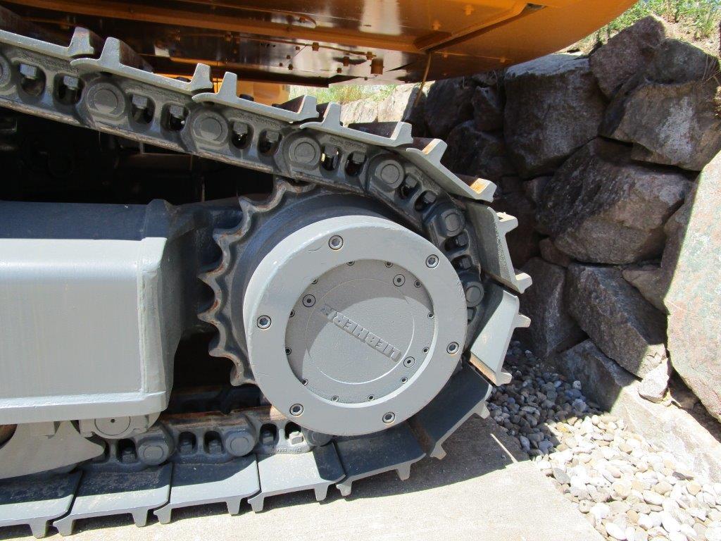 R944C Tunnel (8).jpg