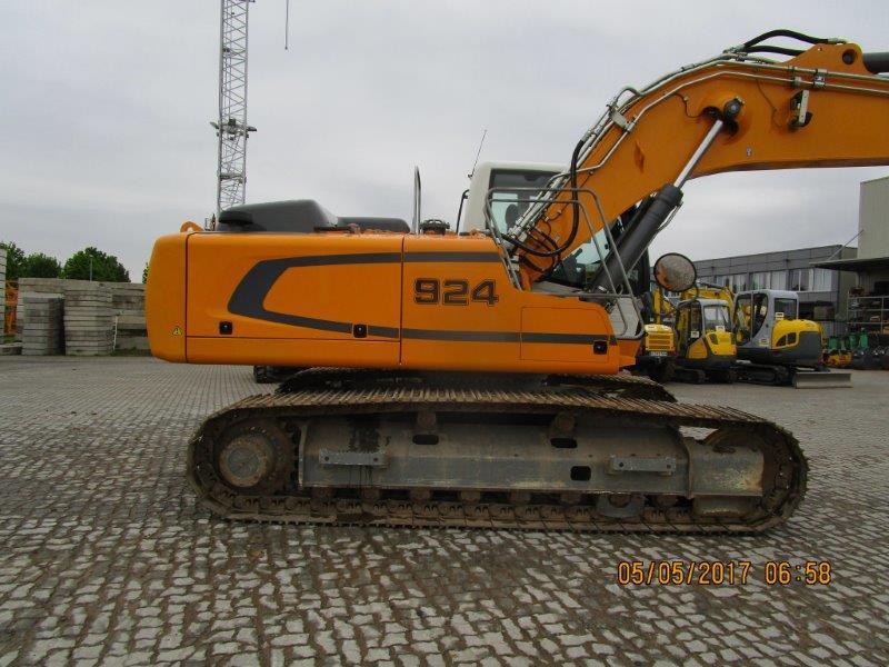 R 924 LC LI -1318-37953_005.jpg