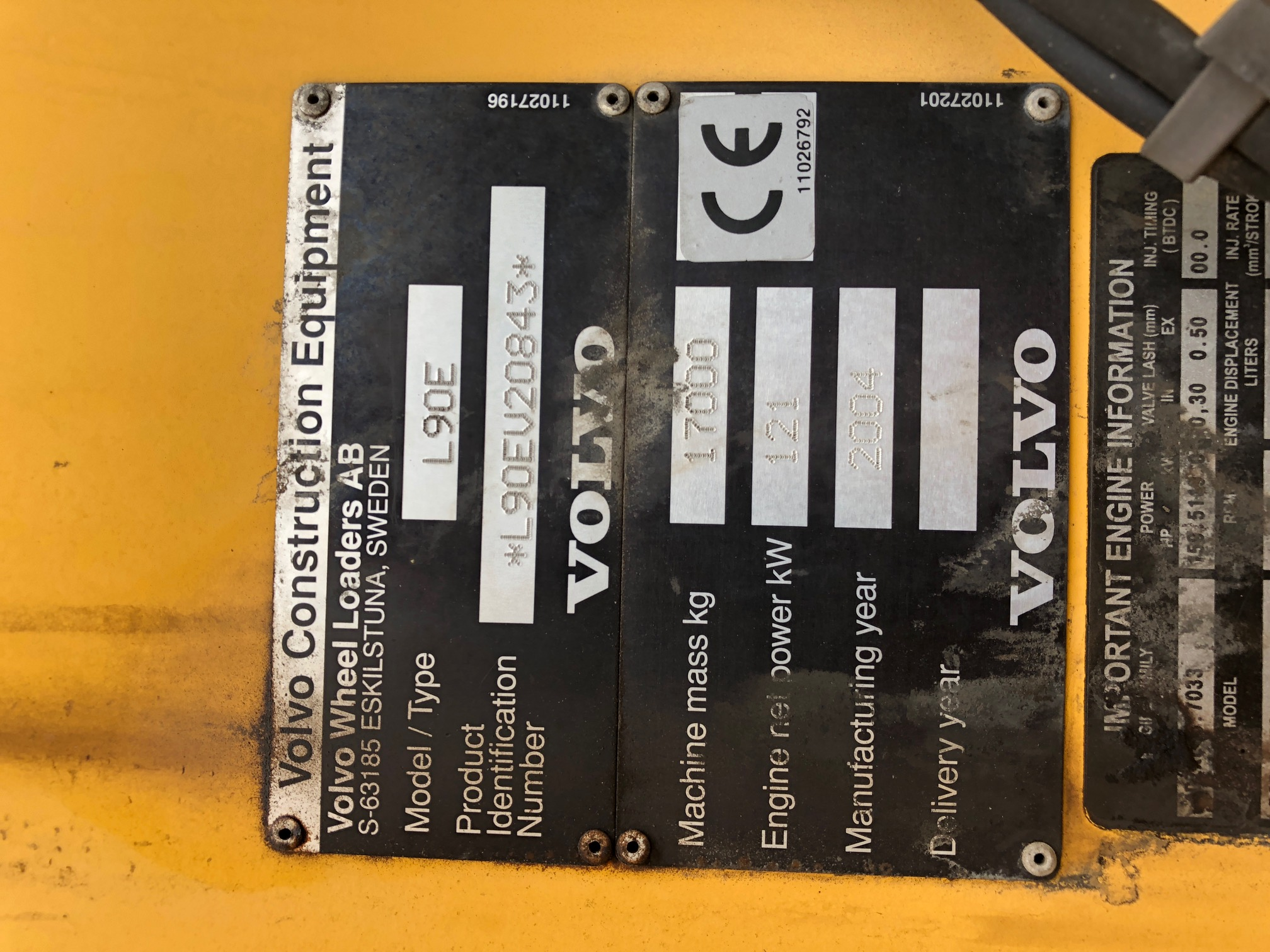 VolvoL90E_ 2004_20843_3.JPG